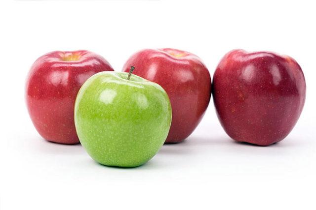 maçã verde e maçãs vermelhas