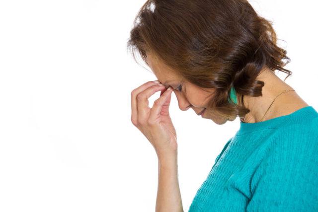 A tontura na menopausa é uma das sensações mais incômodas e atrapalha muito o cotidiano feminino. Saiba o que fazer quando isso acontece.