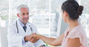 A menopausa pode chegar mais cedo do que você imagina! Saiba o que é, porque acontece e quais os tipos de tratamento para menopausa precoce.