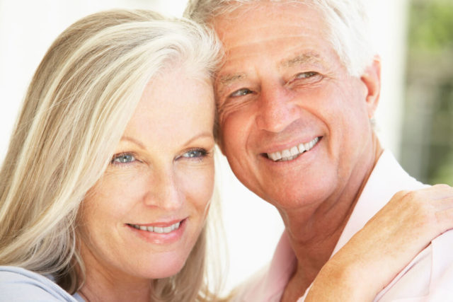 A menopausa e andropausa tem tratamento.
