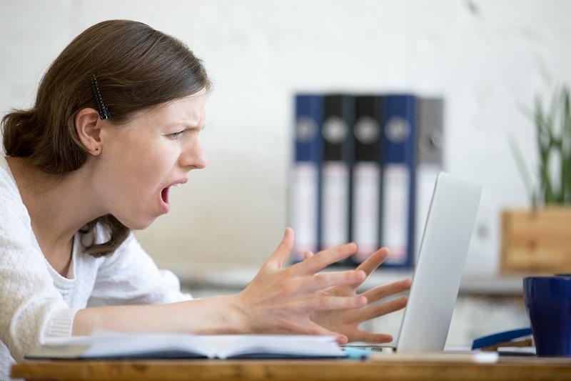 irritada-na-menopausa