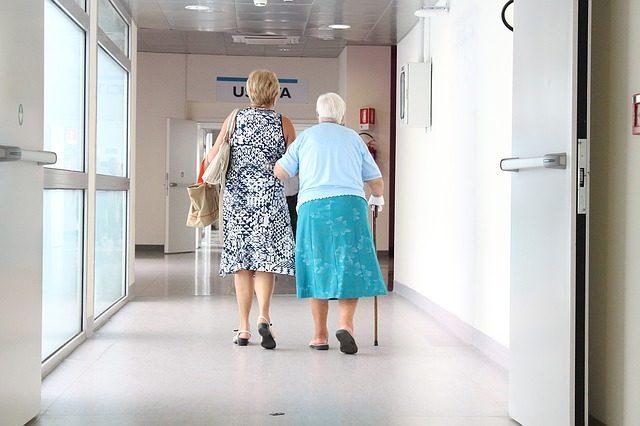 dificuldade-de-locomocao-para-idosos